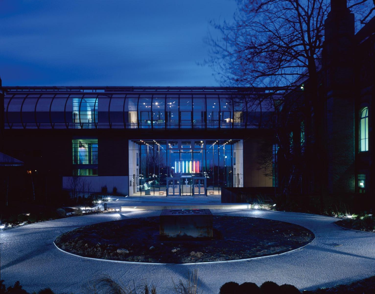 Gallery Oldham - Exterior view across park at night