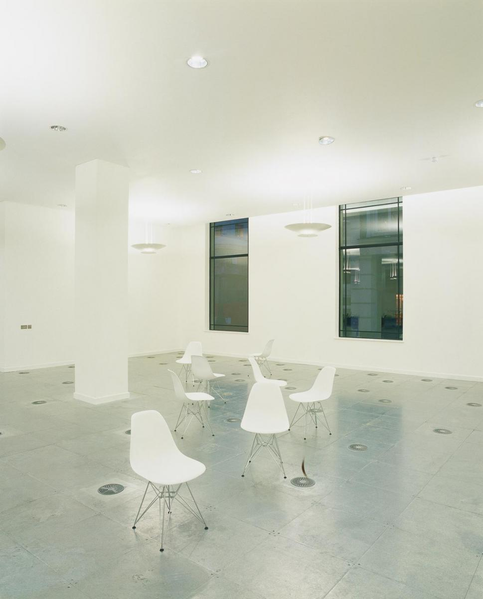 Tokenhouse Yard, City of London - Ground floor office