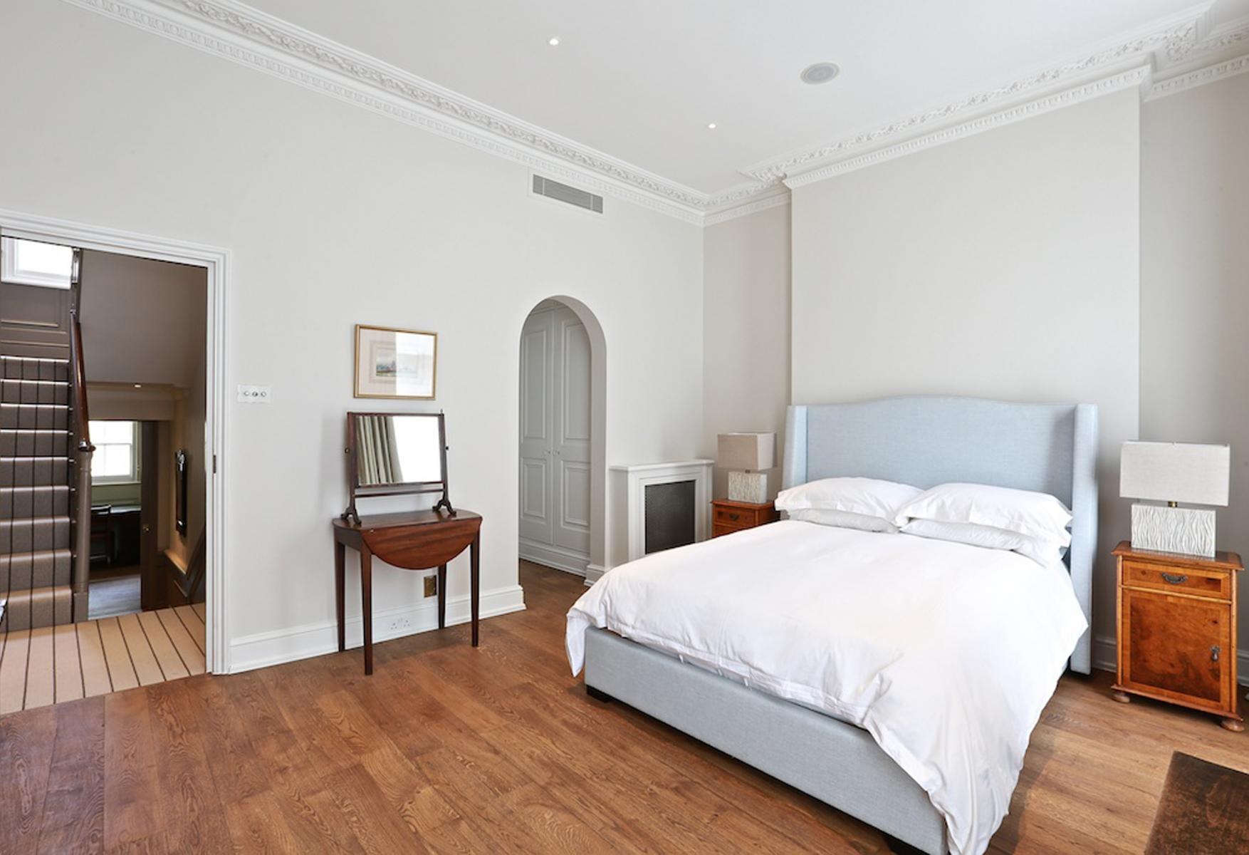 South Eaton Place Principal Bedroom