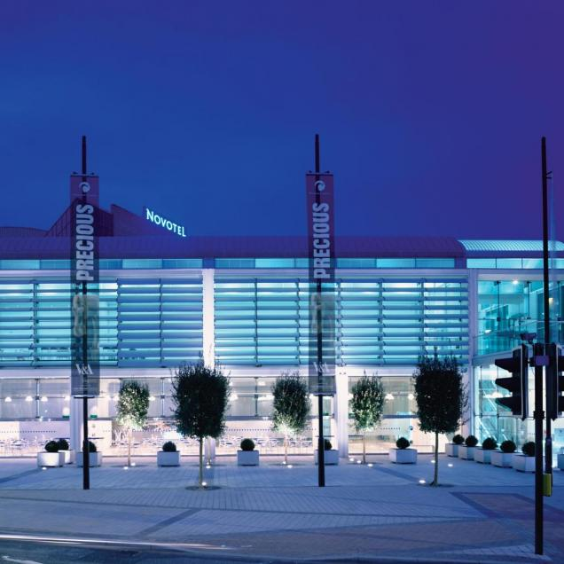 Millennium Galleries, Sheffield - Façade at Arundel Gate - night